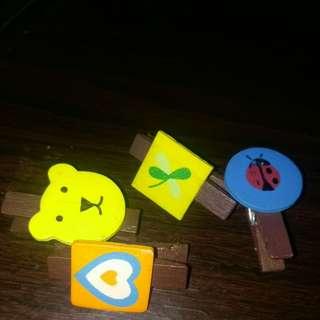 4 mini cartoon pegs wooden