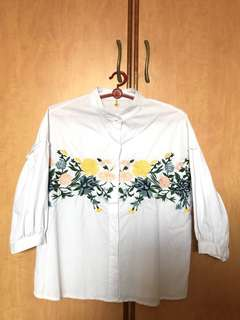 White embroidery flower top
