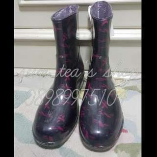 Black plastic patterned motif boots Size 36/37