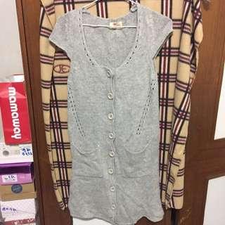 🚚 針織上衣、長版連身裙