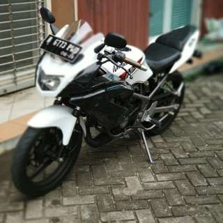 Di Jual Motor Kawazaki Ninja 150 RR Tahun 2013