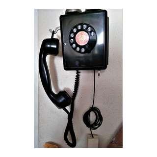 Old Bakelite Phone from The Yoke Hotel.