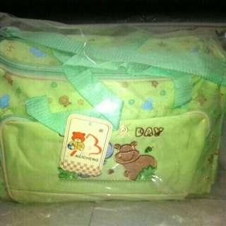 Tas Perlengkapan bayi muat banyak