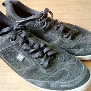 Sepatu DC Shoes Lennox S