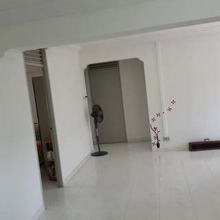 Jurong west 4 room flat for sale