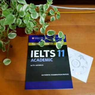 IELTS 11 with CD