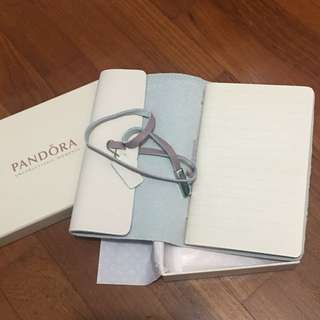Pandora note book with leather case