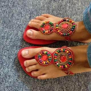 Sandal tunik