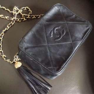 Chanel Vintage 復古中古黑色流蘇絲綢質料x羊仔皮側孭袋 Classic jambo boy Bag