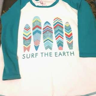 Kaos raglan surf the earth