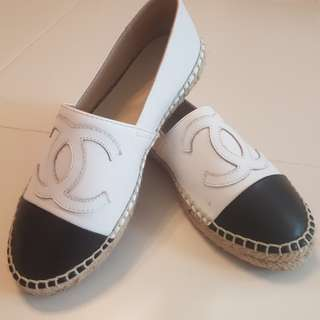 Used item - non authentic chanel inspired shoe