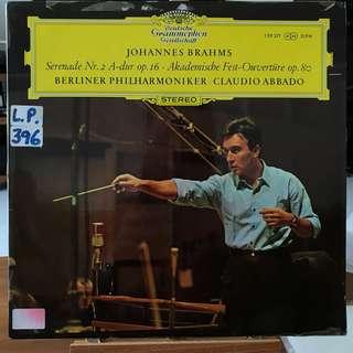 Brahms Serenade 2 Academic Festival Overture Abbado DG 139371
