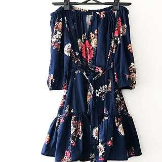 Off shoulder navy floral dress size 8
