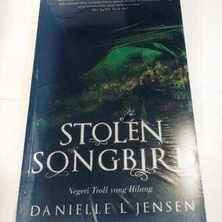 Stollen Song Bird, Negeri Troll yang Hilang, Danielle L Jensen