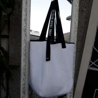 Nike neoprene bag