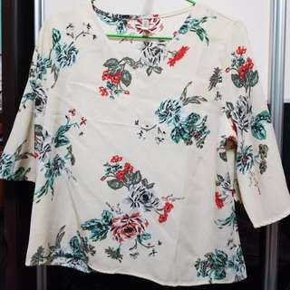 Brand new flower top free size