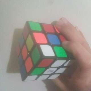 魔術方塊      知名牌子     奇藝