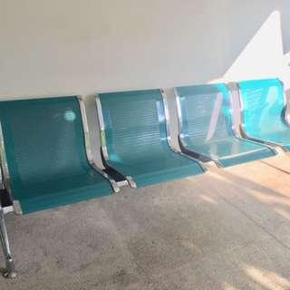 Kursi tunggu 4 kursi Besi kuat warna tosca Mulus
