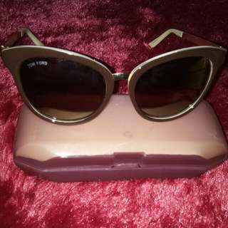 Kacamata Coklat Preloved