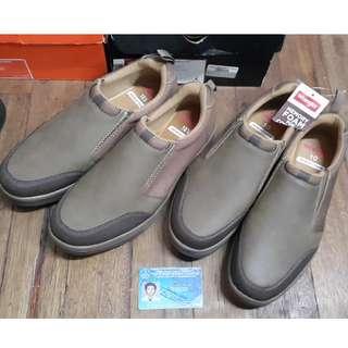 Wrangler slip on brown shoes sz 10