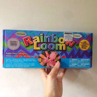 Rainbow Loom set (SEE MORE PICS WITH OTHER INCLUSIONS)