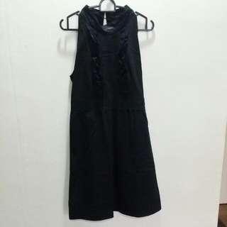 Halter Neck/Sleeveless Dress