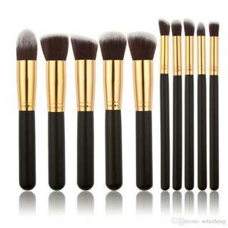 10 Pcs. Soft Matte Kabuki Brushes (BlackGold) ❣️