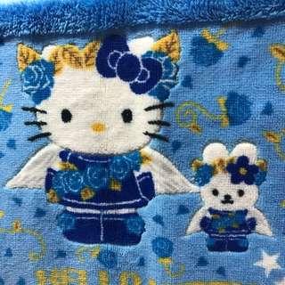 全新Hello kitty 床前地毯約二尺半