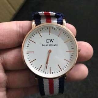 日本帶回DW錶 友人贈送