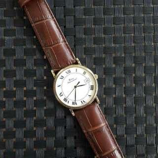 Vintage Waldan International 14k solid gold watch