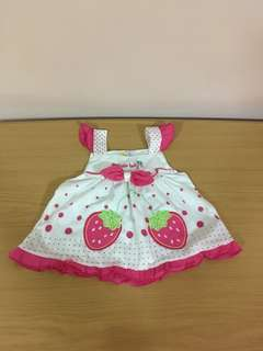 Baby girl apparel / baby clothes