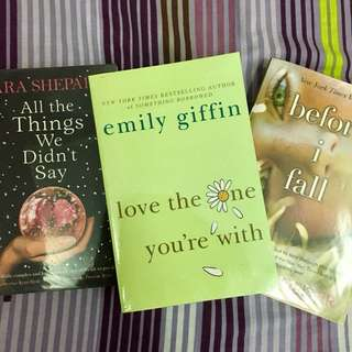 Set of 3 Young Adult Novels 😍