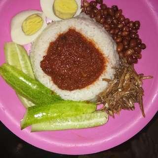 Nasi lemak ala malaysia