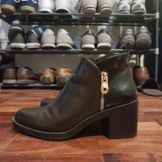 Zara Zip-up Leather Boots