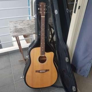 Eastman AC-120ce semi-acoustic