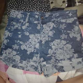 F21 High waisted floral shorts