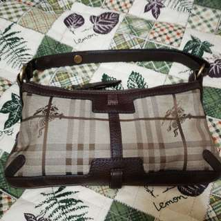 Authentic 100%  Burberry
