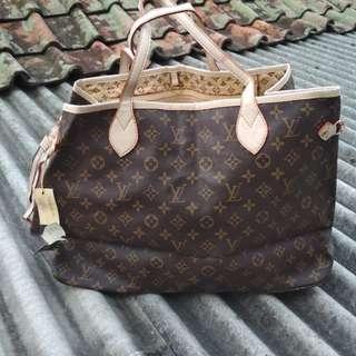 Tas handbag motif LV