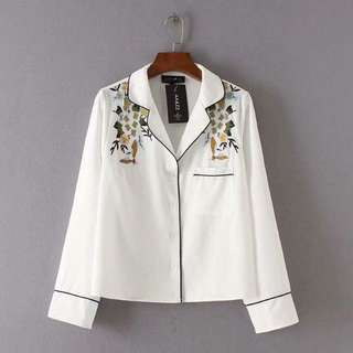 On trend! Embroided Plain Blouse