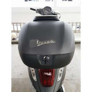 Vespa Sprint Topcase With Backrest