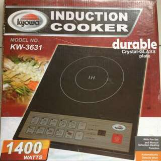 Kyowa Induction Cooker (Complete with manual and box) and Free Laddles