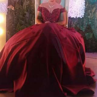 AWARD WINNING GOWN for rent