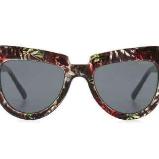 Kacamata Hitam Komono Stella Fern