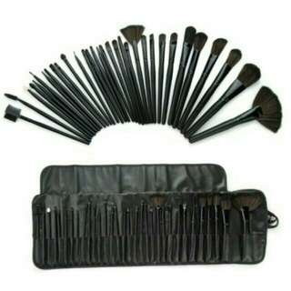 Mac 32pcs brush set