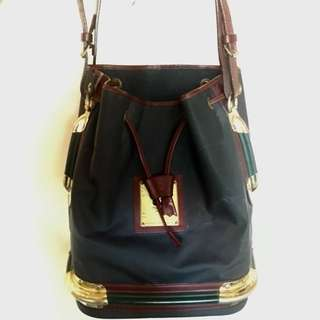 Sling bag (original and imported from Italy)