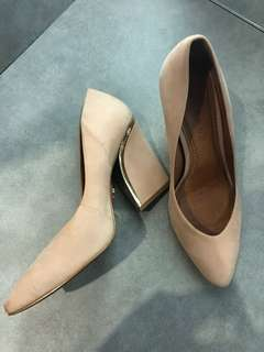 Carrano Heels