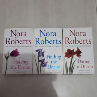 The Complete Nora Roberts 'Dream' Trilogy 3 books