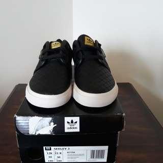 Kids Adidas Seely J