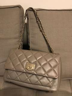 Selling for friend 🐶🐶🐶 DKNY leather cross shoulder bag