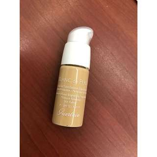 Guerlain Blanc de Perle Foundation in 32 Ambre Pale 15ml TESTER (from LUXASIA)
